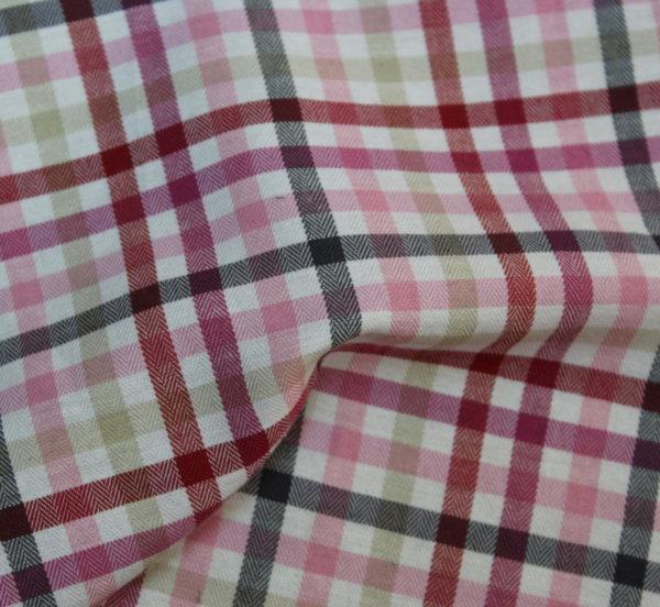 Памук - коприна - Розово каре