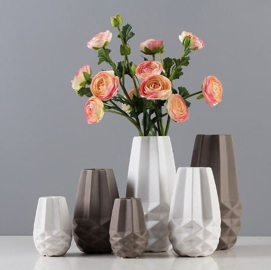 Порцеланова Модерна ваза