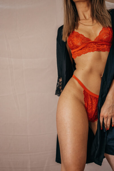 "Дантелено бельо в червено ""MERILYN"" Handmade Lingerie"