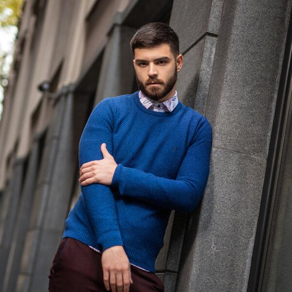 Мъжките пуловери - удобството и добрата визия не ги изключват от гардероба