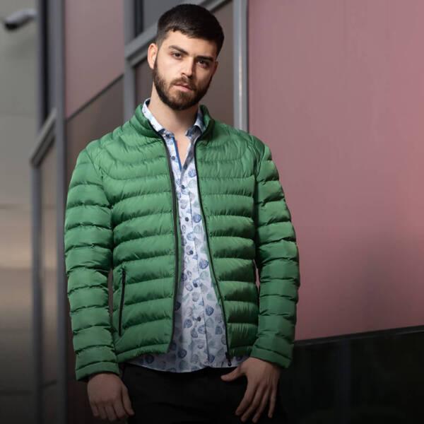 Как да изберем подходящото мъжко яке според сезона?