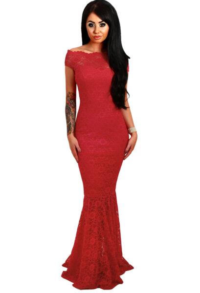 Елегантна вечерна рокля в червено
