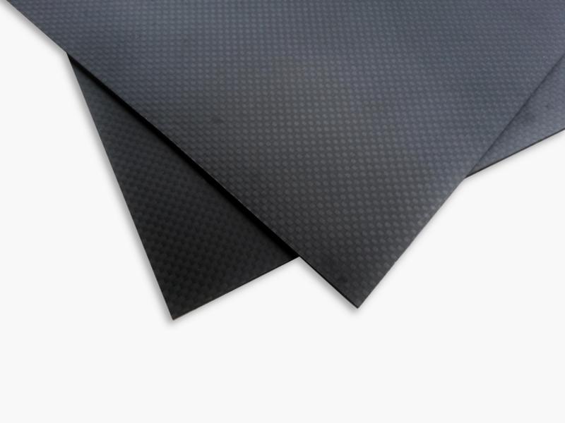 Карбонова плоскост - 10x10cm