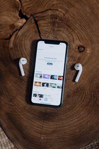 Телефони iPhone 1 - слушалки