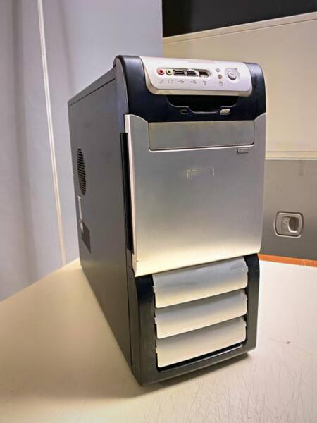 Μεταχειρισμένο PC γραφείου, E8200 @2.6, R6770, ASROCK G31M-GS, 120SSD, 2Gb Ram