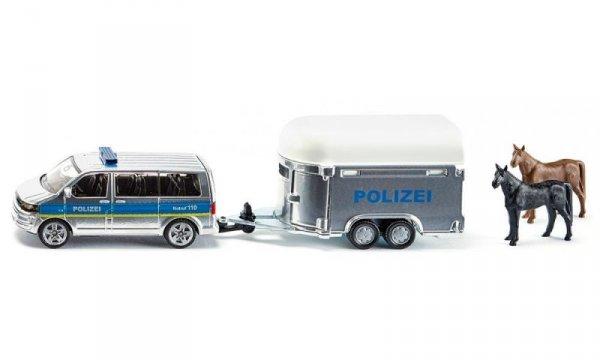 Полицейски бус с ремарке и кончета
