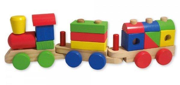 Дървен влак с кубчета