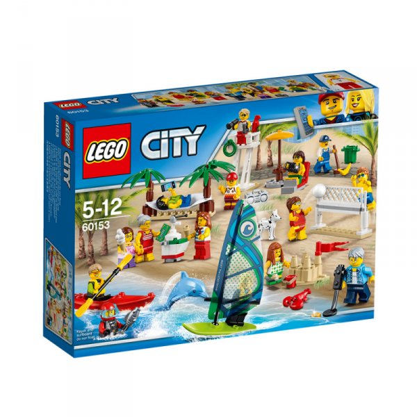Пакет с хора забавление на плажа - People pack – Fun at the beach