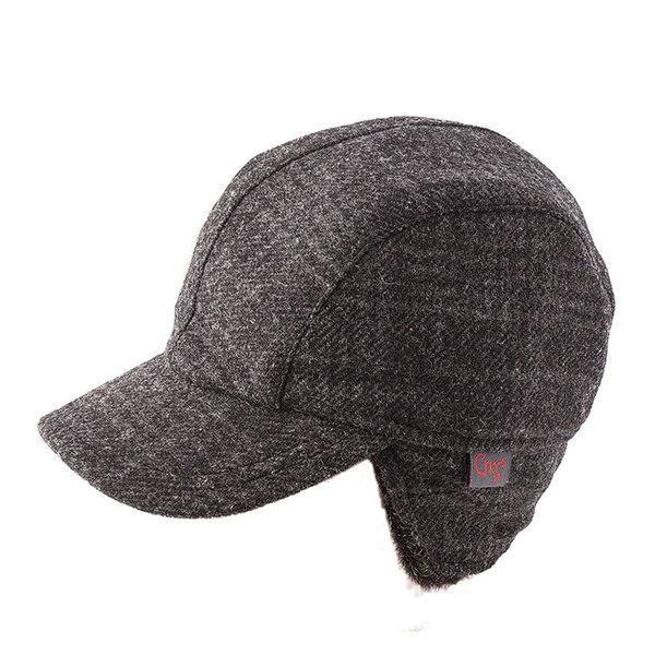 Детска шапка с козирка 674111