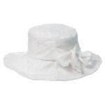Бяла детска шапка капела за момиче 774084