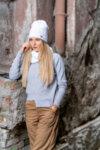 Зимна дамска шапка без помпон Criss 670097