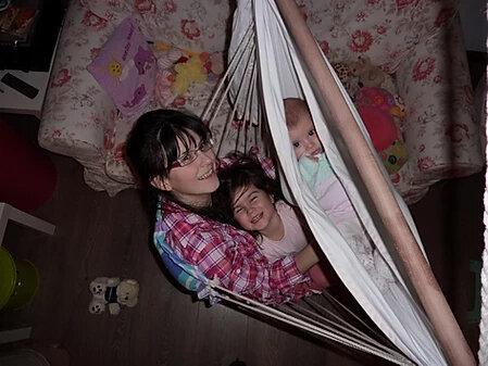 Дупка в тавана = доволни деца, щастливи родители