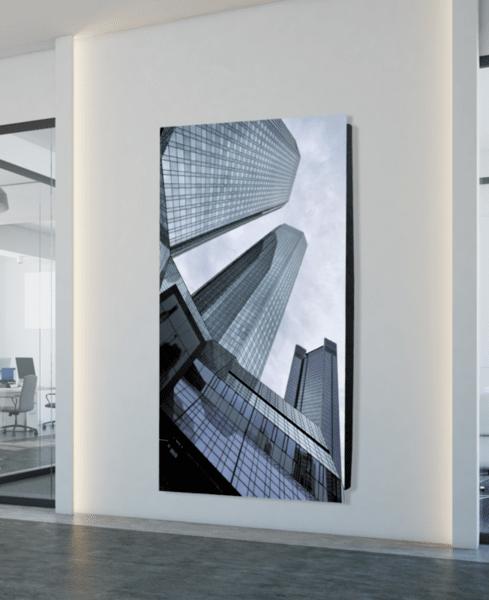 Дизайнерски радиатор със стъклен панел - GLASS TRIPLE