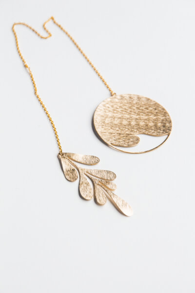 LEAF AND CIRCLE BRASS ORNAMENT