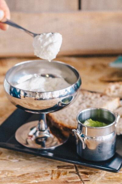 Sour cream - Заквасена сметана