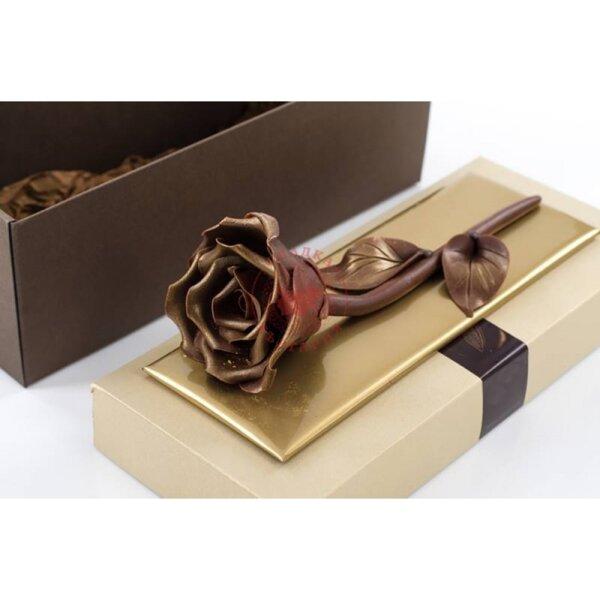 Шоколадова роза в луксозна кутия