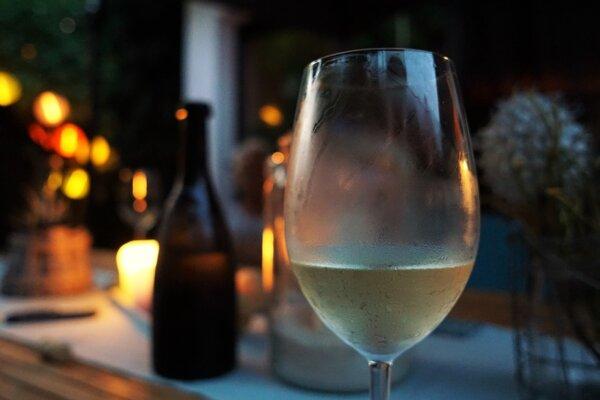 Разкрийте тайните на бялото вино