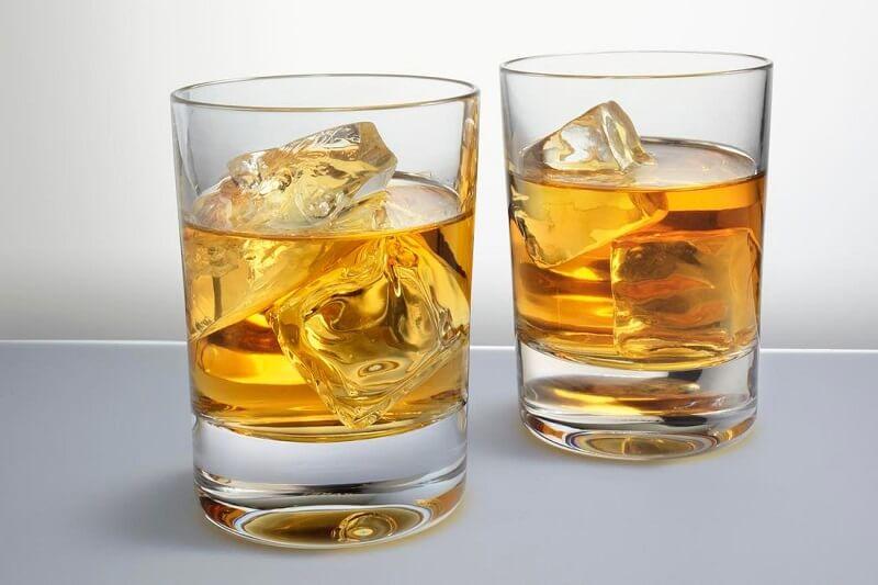 Шотланско уиски с лед