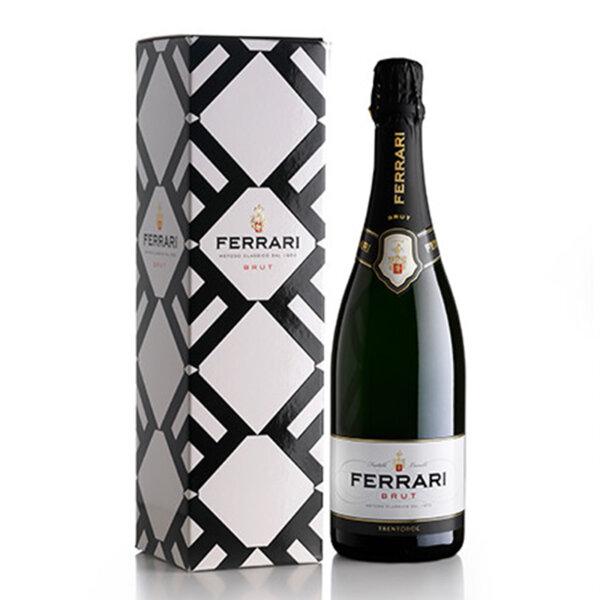 Пенливо вино Ферари Лунели Брут с подаръчна кутия NV, 0.75л.