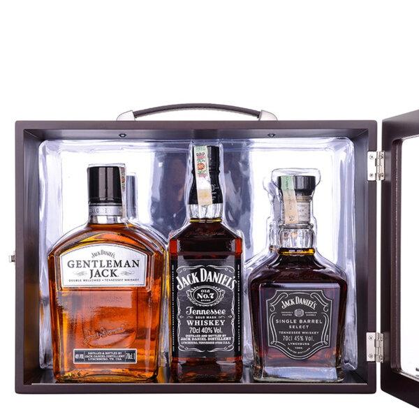 Jack Daniel's Family pack 3 бутилки x 700ml.