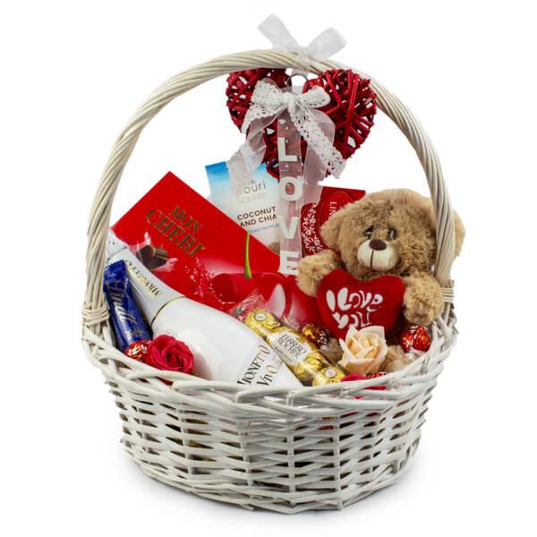 Подаръчна кошница Mionetto Love