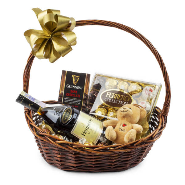 Подаръчна кошница Hennessy Rocher