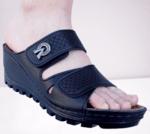 Дамски летни чехли на платформа с регулираща се ширина