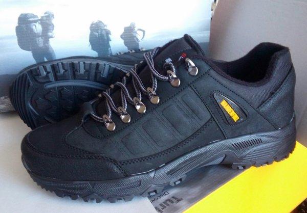 Мъжки зимни обувки WANDERFULL в големи номера