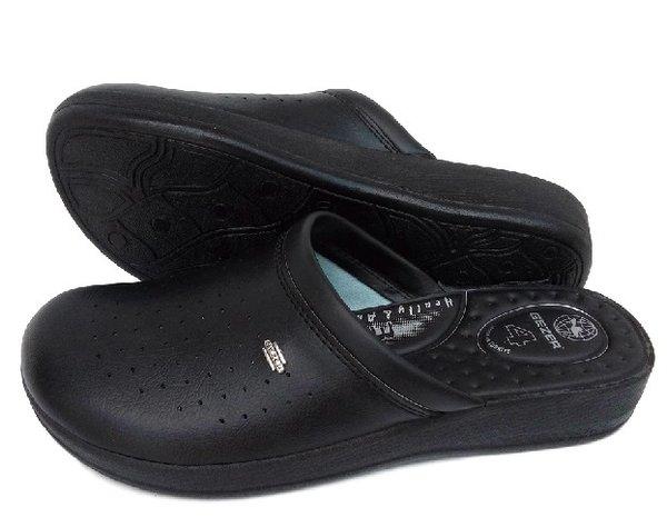 Мъжки черни анатомични чехли GEZER