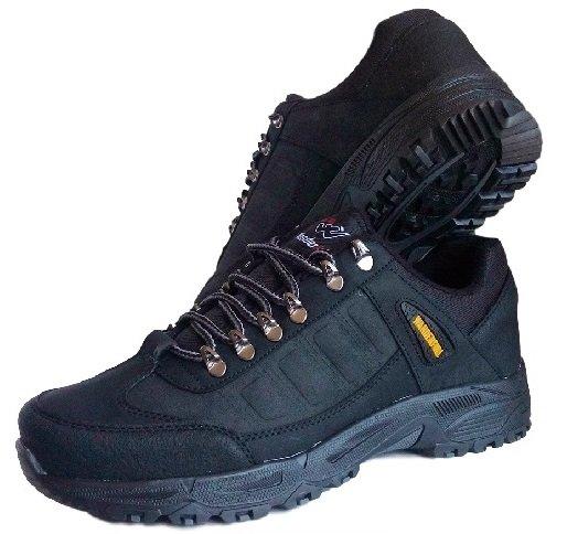 Здрави мъжки обувки WANDERFULL с голям номер