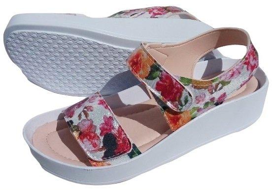 Дамски сандали Sikel сребристи на цветя