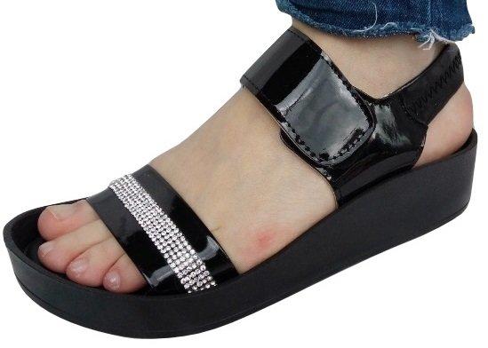 Дамски сандали CAPRIUM Ortopedik с бели камъчета