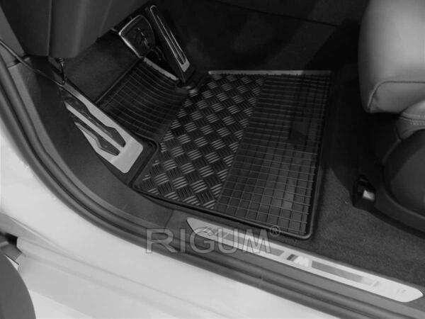 Гумени стелки за BMW X6 (G06) модел от 2019 година и нагоре