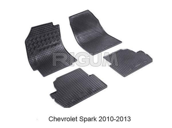 Гумени за Chevrolet Spark модел от 2010 до 2013 година