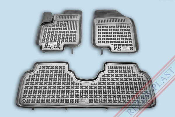 Гумени стелки за Hyundai ix20 - от 2010 до 2018 година