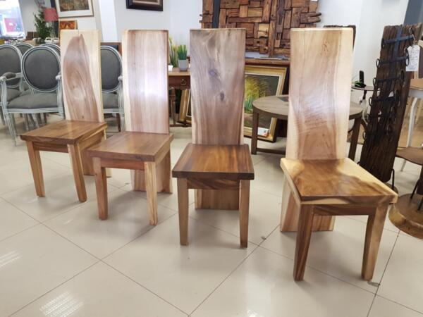 Kомплект от 4 Уникални Трапезни Столове Масив Дърво Суар Жив Ръб