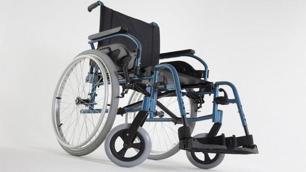 Рингова инвалидна количка Invacare Action 1 R