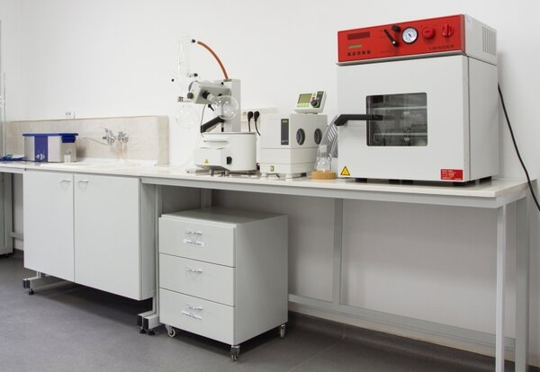 Лабораторна маса 1200х600х750mm, без шкаф