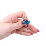 Брошка балерина със седеф в синьо