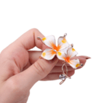 Брошка цвете със седеф и перла