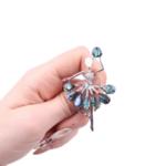 Брошка балерина със седеф в синьо и сребристо