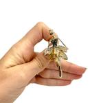 Брошка стилна балерина със златисти кристали