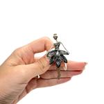 Брошка стилна балерина със сиви кристали