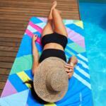Бързосъхнеща кърпа за плаж Розова-Copy