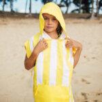 Бързосъхнещо детско пончо Жълто