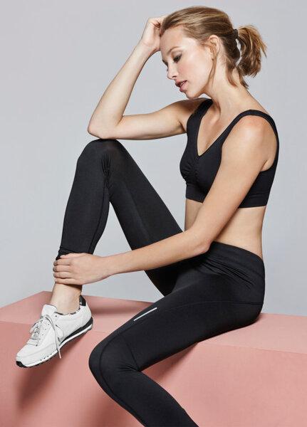 Дамски спортен клин в черно