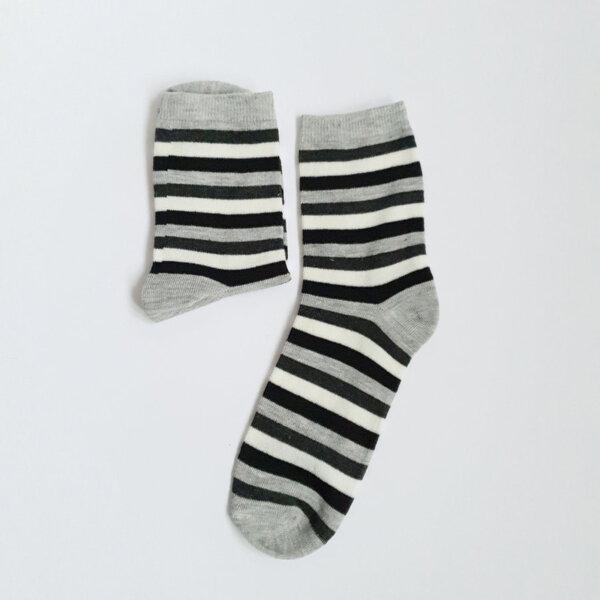Дамски чорапи на райета