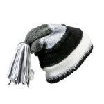 Унисекс шапка с пимпон черен