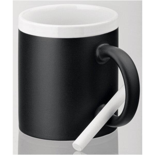 Чаша с тебешир