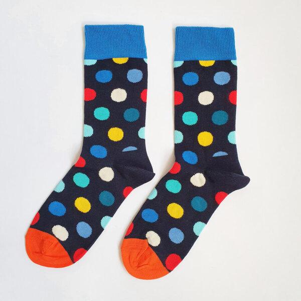 Дамски чорапи на шарени точки